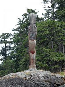 Totem Pole at Mud Bay