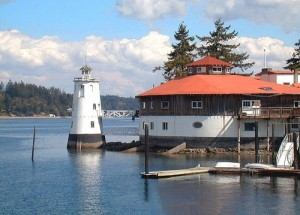 Tanglewood Island Lighthouse and Great Hall before demolition
