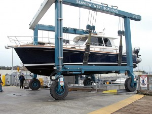 Hull Inspection haulout at Seaview, Shilshole.